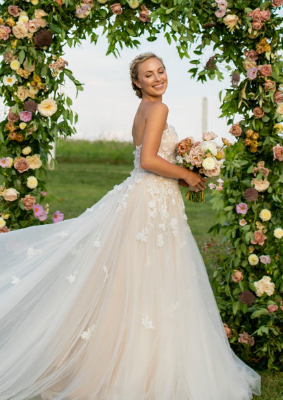 83e77386a17 Vintage Inspired Wedding Dresses & Bridal Gowns - BHLDN